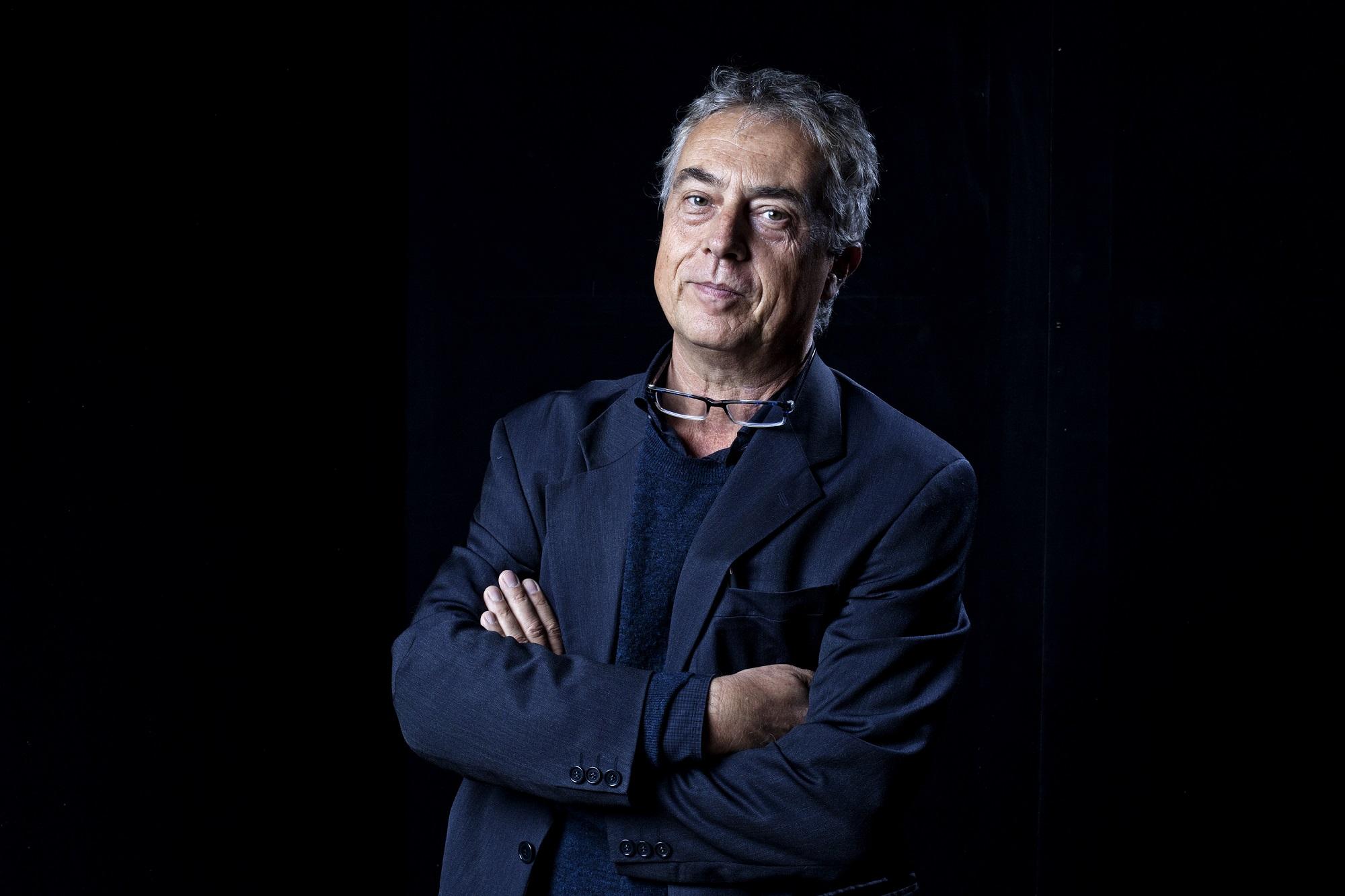 Stefano Boeri sfondo nero